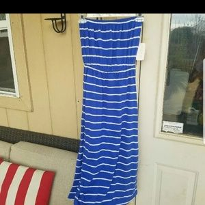 Size small blue striped dres new with tags on